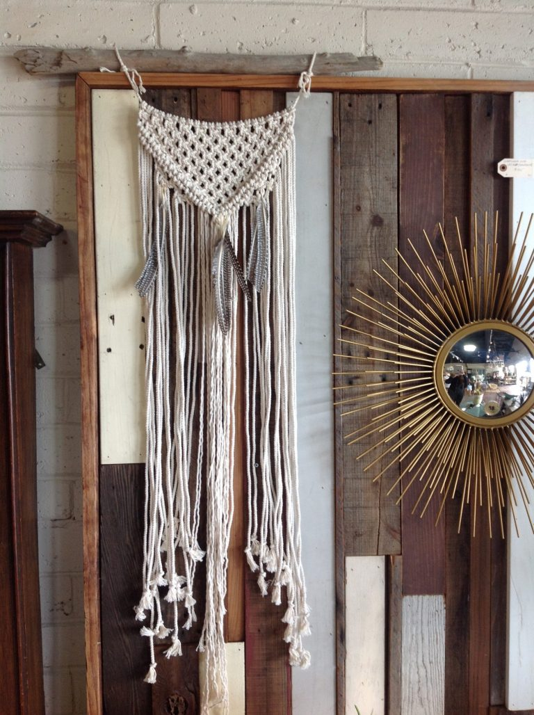 Accessories & Art